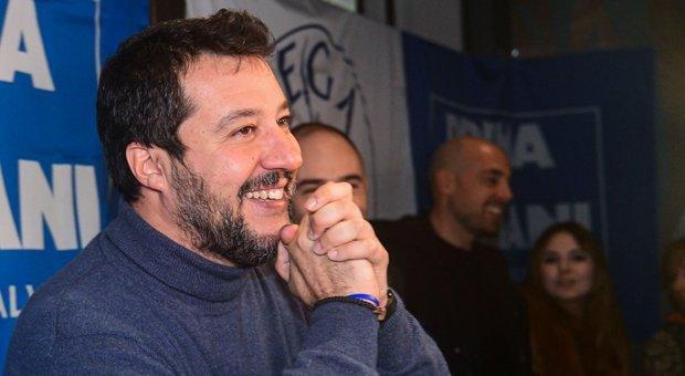 Salvini preoccupato dalle sardine: si sono prese la scena che prima era tutta per lui