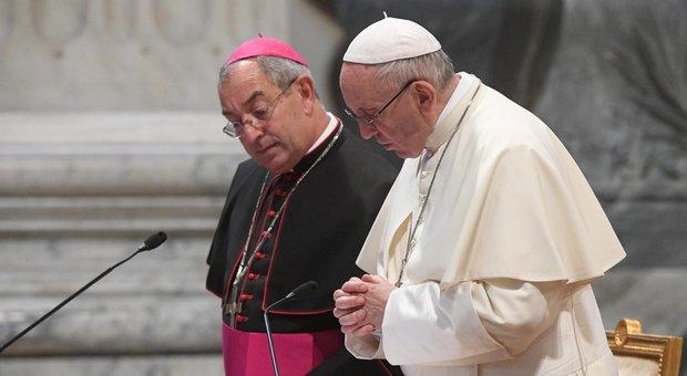 Coronavirus: Cardinalse De Donatis, vicario del PAPA per diocesi di . Ricoverato al Gemelli. Quattro vescovi in quarantena thumbnail
