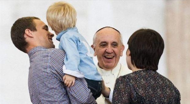 Papa Francesco: servire la speranza significa gettare ponti tra le civiltà