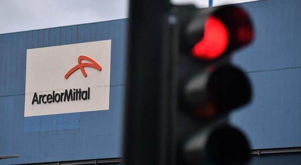 ArcelorMittal, perquisizioni e sequestri nella sede di Taranto