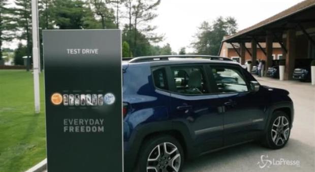 Jeep, al volante della nuova Renegade, il Suv più venduto della sua categoria