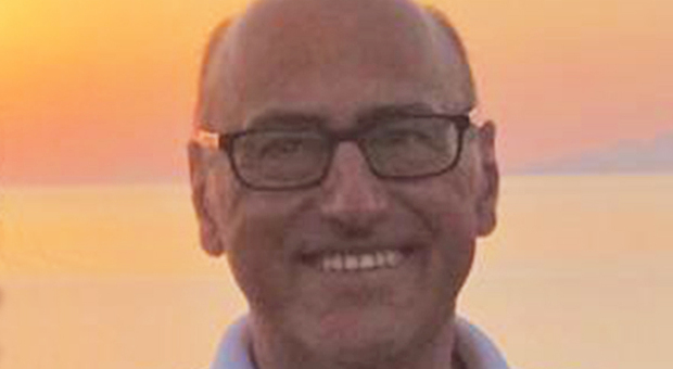 Fermo, Marcello ucciso dal coronavirus a 61 anni: «Era un esempio per alunni e colleghi insegnanti»