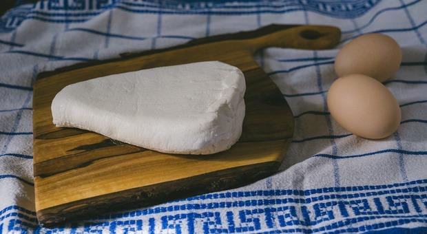 Prodotti contaminati richiamati dal Ministero: formaggio Puzzone di Moena e uova I marchi (Foto di summa da Pixabay)