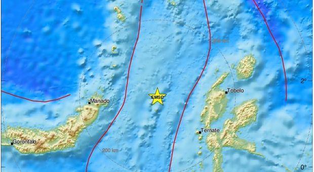 Terremoto, scossa 7.1 nelle isole Molucche: scatta l'allerta tsunami