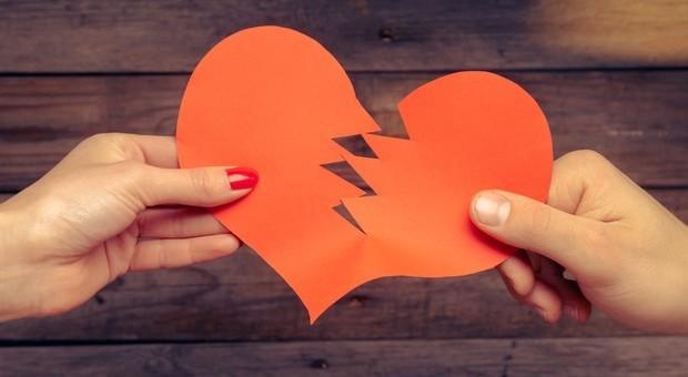 Quando finisce un amore: tre strategie per i cuori infranti