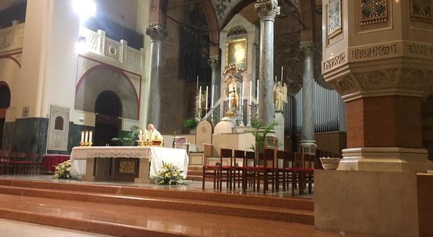 Roma, prete minacciato dai nomadi al Testaccio: il racket sull'elemosina