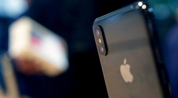 Apple, in arrivo 4 nuovi iPhone: dall'X Plus alla colorata versione «low cost»