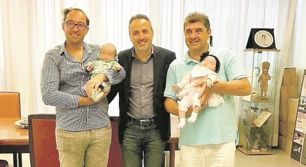 Gabicce, di papà ce n'è solo uno: la Cassazione modifica l'atto di nascita dei gemellini con due padri