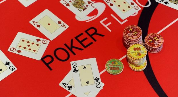 Poker, intelligenza artificiale batte giocatori professionisti