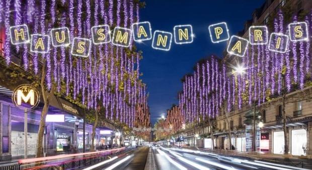 Su Boulevard Haussmann i passanti diventano protagonisti