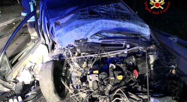 Auto distrutta nell'incidente di ieri notte tra Santorso e Thiene