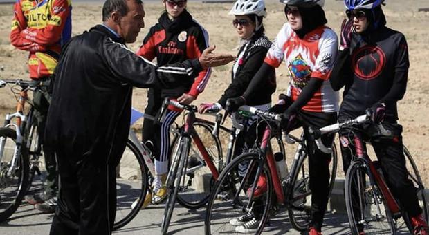 Distrutte le bici delle atlete afghane: il sogno infranto di andare ai Giochi