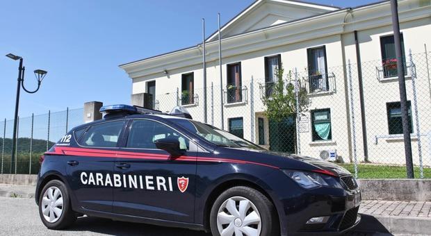 Sono intervenuti i carabinieri della stazione di Col San Martino