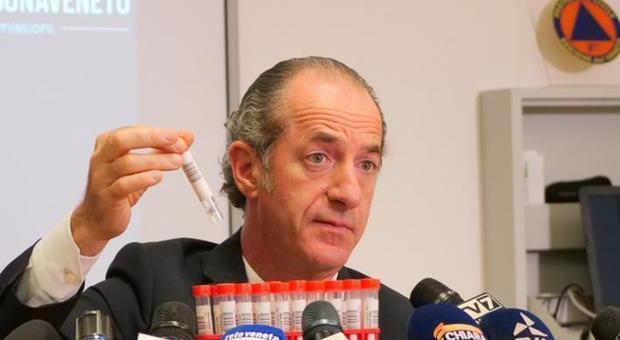 Luca Zaia nella sede della Protezione civile