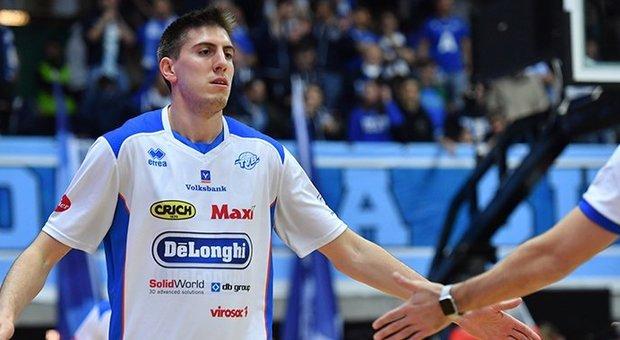 Luca Severini, 23 anni, con la maglia della De' Longhi Treviso