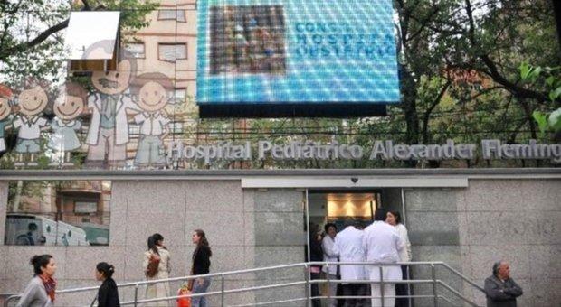 Bimba con la febbre alta in ospedale. Medici sotto choc dopo la visita: «È stata stuprata»