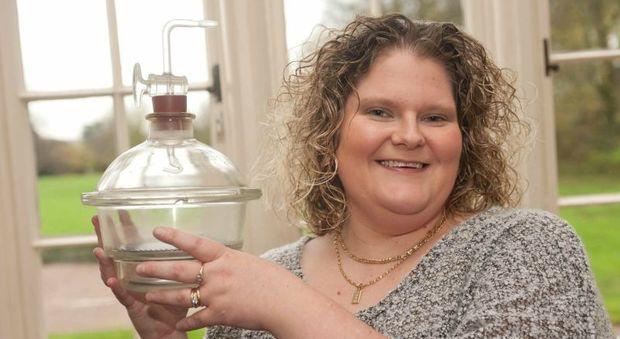 Louise Brown, la prima bimba concepita in vitro nel 1978: «Ma quale cicogna, mi portò la provetta»