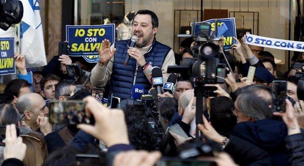 Salvini: «O la Ue cambia, oppure è meglio fare come gli inglesi»