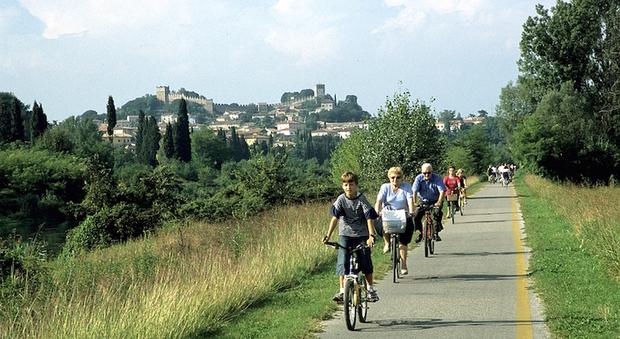 Ciclabile a Monzanbano ( foto di  IAT Mantova)