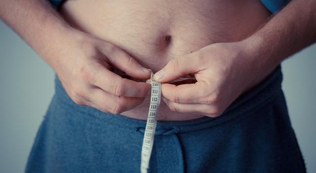 Diete, uno su quattro si pesa almeno una volta alla settimana