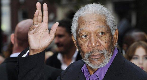 Morgan Freeman nella bufera, otto donne lo accusano di molestie sessuali