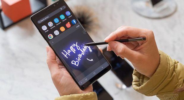 Samsung nella bufera: il Galaxy note 8 non si ricarica