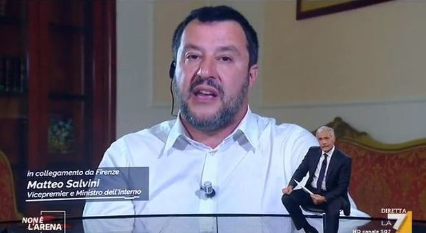 Sea Watch 3, scontro tra Salvini e i pm. Spataro: «Scendiamo in piazza per i colleghi di Agrigento attaccati»