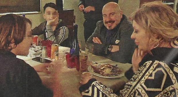 Tina Cipollari verso il matrimonio con Vincenzo Ferrara, Maria De Filippi testimone