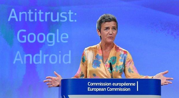 Google, il pugno duro della Ue: supermulta da 4,3 miliardi