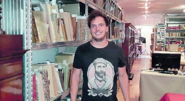 Spariti nel nulla libri per un milione di euro: 14 arresti