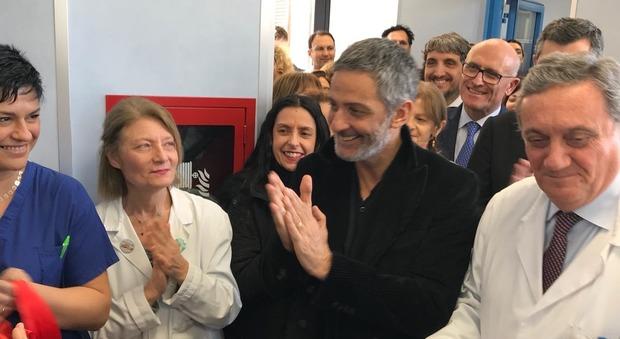 Fatebenefratelli, Fiorello inaugura la nuova terapia intensiva neonatale all'isola Tiberina