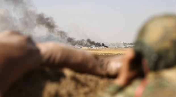 Siria, jihadisti in fuga ma l'isis è finita