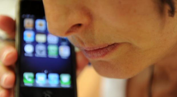 Istituto superiore di sanità: l'uso prolungato dei cellulari non aumenta il rischio di tumori