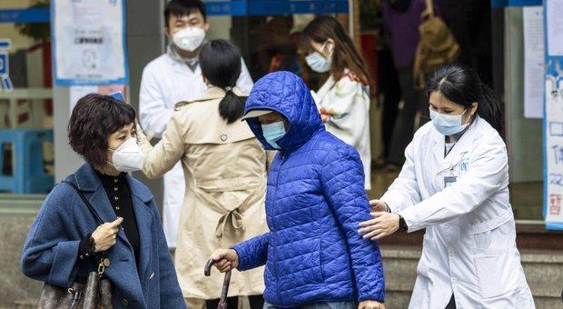 Coronavirus, «contagiato si impicca a Wuhan». Non sarebbe stato accolto in ospedale