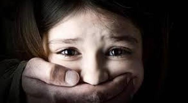 Pedofilia, i vescovi francesi: task force indipendente per indagare su 50 anni di abusi