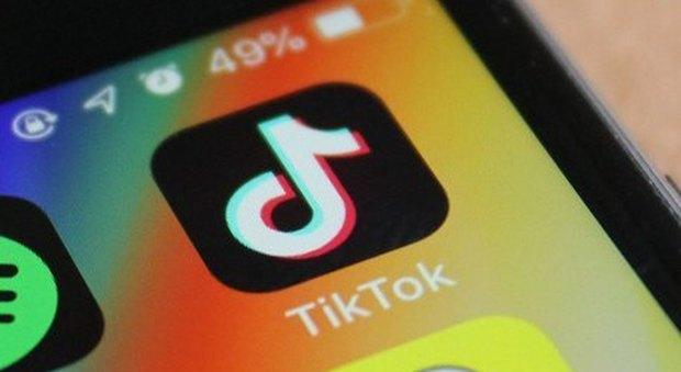 Tik Tok, che cos'è e come funziona l'app che fa tremare Facebook e Instagram