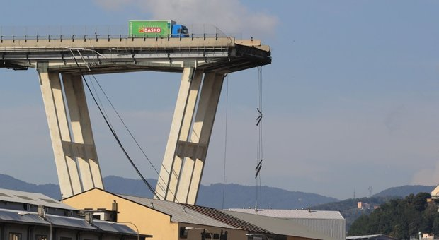 Crollo ponte Genova, Mattarella: italiani hanno diritto a infrastrutture sicure