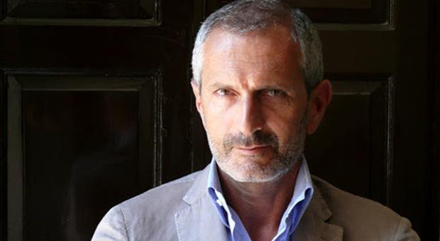 Lo scrittore Gianluca Carofiglio
