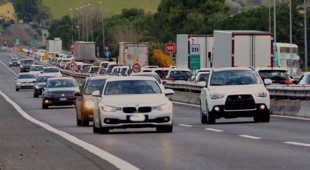 L'autotrasporto si mobilità contro il disatro dei divieti che sta dividendo l'Italia in due