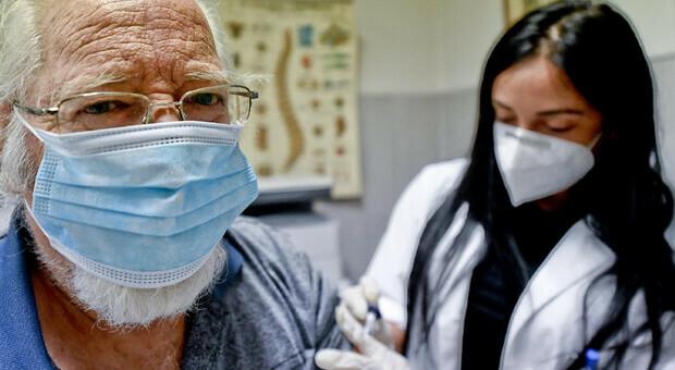 Vaccini per l'influenza pagati a peso d'oro: inchiesta sulla Lombardia