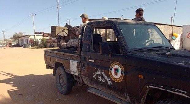 Libia, pioggia di missili sulle periferie di Tripoli: morti e feriti
