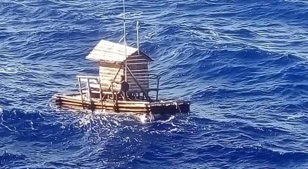 Naufrago ritrovato nell'oceano dopo 49 giorni alla deriva