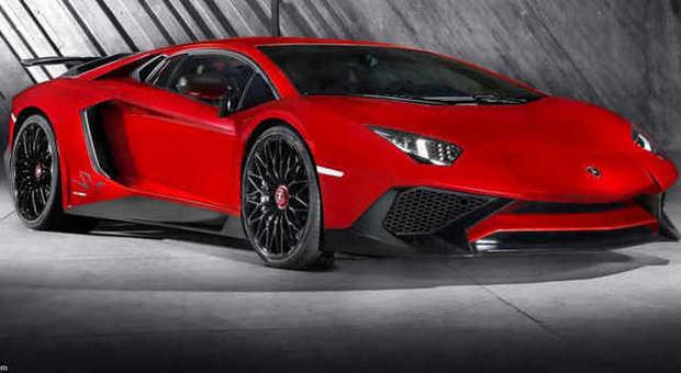 La Lamborghini Aventador LP-750-4 SV