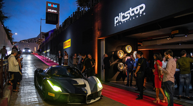 Un momento dell'inaugurazione del Pirelli P Zero World