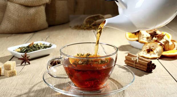 Bere tre tazze di tè alla settimana migliora la salute e allunga la vita