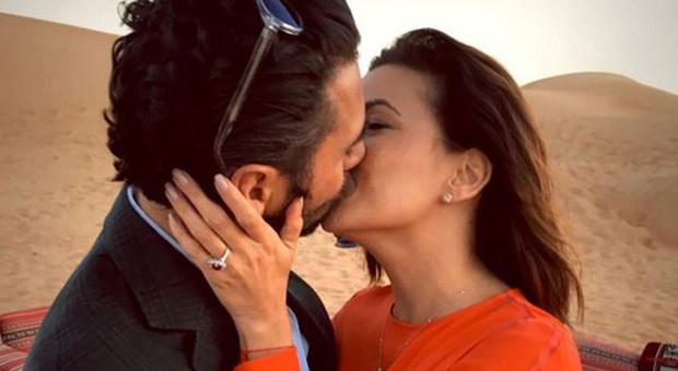 Eva Longoria bacia in una foto pubblicata su Instagram il suo nuovo compagno (instagram.com)