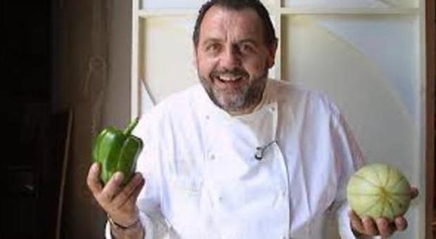 Cuore, appello dell'Oms: ridurre il sale meno di un cucchiaino di tè al giorno lo chef Vissani:«Ecco come si fa»
