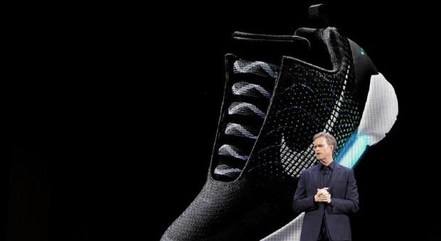 Una presentazione di scarpe Nike fatta dalla grande azienda americana (Ansa)