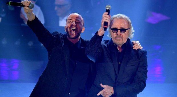 Sanremo 2019, diretta terza serata: Venditti, Raf e Tozzi superstar. Serena Rossi commuove