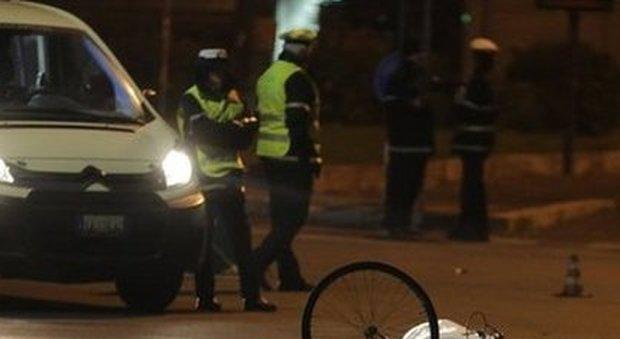 Reggio Emilia, torna a casa in bici dalla festa di paese: travolto e ucciso in bici a 17 anni